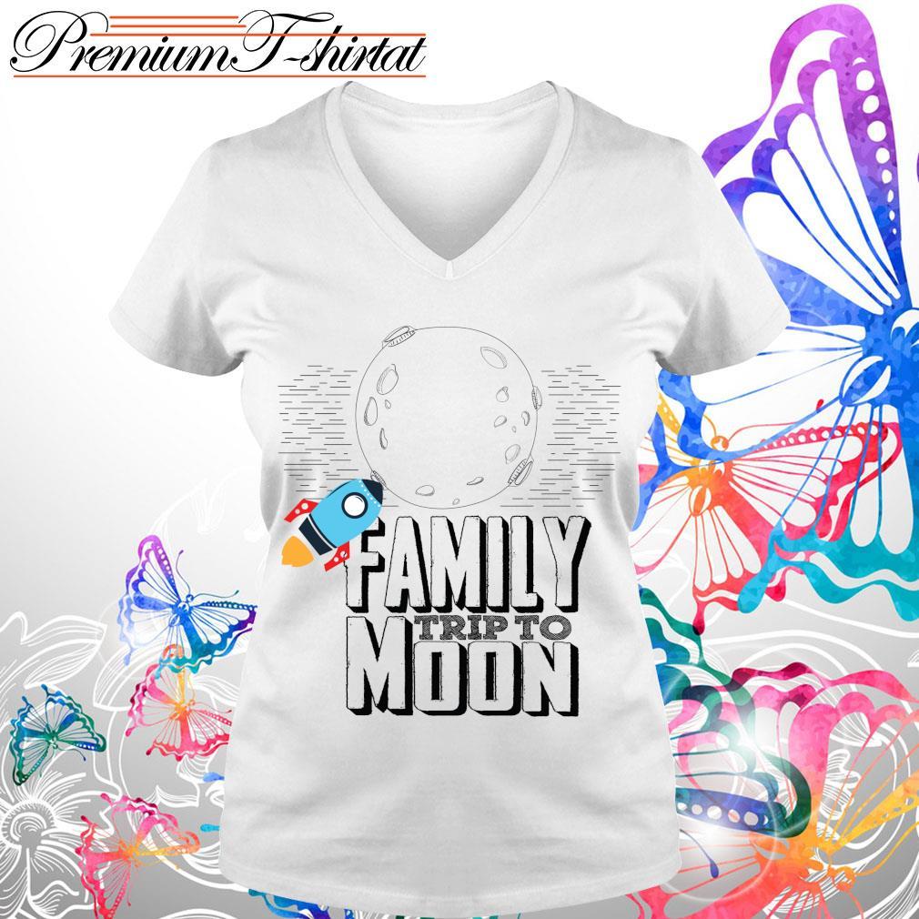 Family trip to moon s V-neck t-shirt